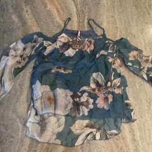 LOLA Floral Blouse Size NWT Retails $125 SM or LRG